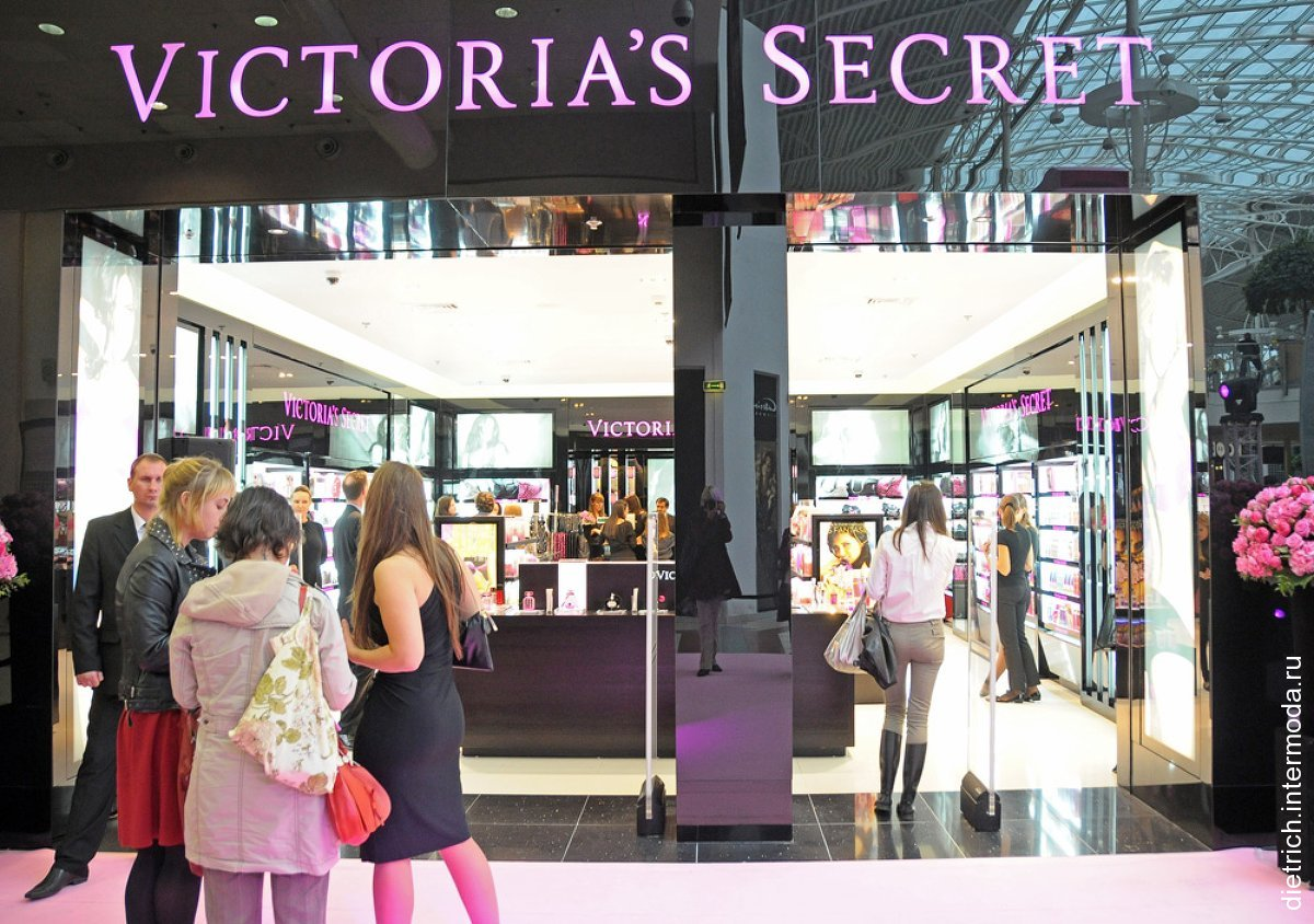 фотография входа в брендовый магазин victoria s secret